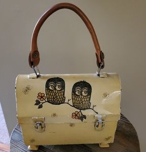 Vintage Owl Lunchbox Pedestal Purse